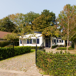 huisjes-2-5-oostkapelle-by-martine-van-der-moolen-6802.jpg